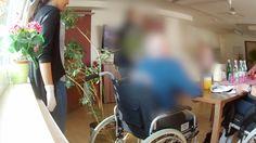RTL-Reportage deckt auf, wie wehrlose alte Menschen im Seniorenzentrum des Deutschen Roten Kreuzes in Mühlheim am Main gedemütigt und gequält werden.
