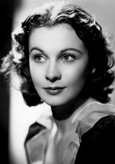 Vivien Leigh photographed for Serena Blandish, 1938