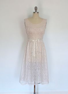 Vintage Nightgown Lingerie / Nightie / Light Pink Lace