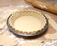 Bulk PIE CRUST~ Makes 20 crusts to freeze & use later. All purpose flour, vegetable shortening, sugar, salt, vinegar, eggs, water. *I'll Pin my results, I would make pie all the time, it's my very favorite thing, but by the time I finish the crust I'm ready for a nap. {photo from myhomecooking.net}