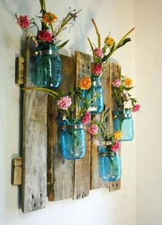 15 colorful DIY Mason jars for spring - Shabby-Deko - Vase ideen Pallet Projects, Craft Projects, Projects To Try, Pallet Ideas, Craft Ideas, Barnwood Ideas, Backyard Projects, Wood Crafts, Diy And Crafts