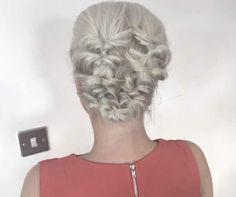 adorable graduation party hairstyle