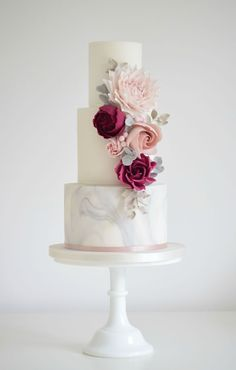 Luxury wedding cakes throughout Sutton Coldfield and the West Midlands. Handcrafted sugar flowers, intricate icing and modern romantic cake designs. Wedding Cake Fresh Flowers, Diy Wedding Cake, Luxury Wedding Cake, Floral Wedding Cakes, White Wedding Cakes, Elegant Wedding Cakes, Floral Cake, Beautiful Wedding Cakes, Wedding Cake Designs