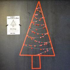 http://www.vdj-boutique.com/-decorations-pour-la-maison/3855-kit-sapin-de-noel-rouge.html
