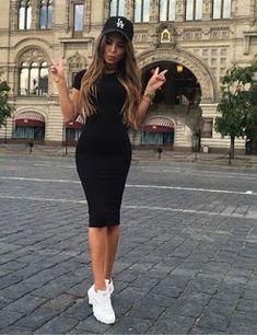 ff3106790 22 Maneras de cómo combinar un vestido negro para toda ocasión