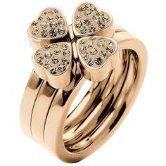 Si quieres un anillo tipo coctél más clásico y sencillo, ¿qué tal este de Folli Follie? Un #trebol de 4 hojas #goodluck #jewelry #rings #cocktailrings #MODAnS