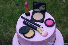 Make up by TortenbySemra