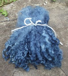 Lincoln Longwool Locksdyed with natural Indigo 1 oz by dyemama, $8.00