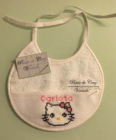 Babero Hello Kitty 4 (Carlota)
