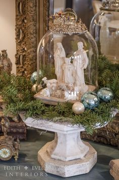 Christmas Decor From creative to fantabulous From easy to exciting help for a remarkably striking and terrific simple christmas decor . Image produced on this moment 20190508 , posting reference 8520790532 French Country Christmas, Shabby Chic Christmas, Christmas Love, Vintage Christmas, Christmas Holidays, Nordic Christmas, Modern Christmas, Christmas Bells, Cottage Christmas Decorating