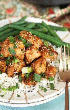 This Teriyaki Chicken recipe is a take out classic reinvented to make a quick and easy weeknight dinner that is faster than delivery. Chicken Teriyaki Rezept, Baked Marinated Chicken, Best Chicken Marinade, Chicken Cashew Stir Fry, Easy Teriyaki Chicken, Summer Chicken Recipes, Baked Chicken Recipes, Summer Recipes, Red Bean Chili Recipe