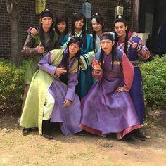 V the Hwarang cast ❤ (kkimminam IG Update) #BTS #방탄소년단 — Hwarang boys IG — Dan Se soo cute. Where's Kang Sung??haha