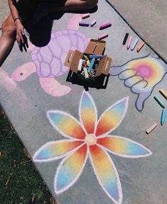 Chalk Art Mural Street Art, A concrete sidewalk is a giant outdoor canvas for a street artist. With just a box of pastel chalks, Murals Street Art, Art Mural, Art Art, Chalk Design, Chalk Wall, 3d Chalk Art, Sidewalk Chalk Art, Sidewalk Chalk Pictures, Oeuvre D'art