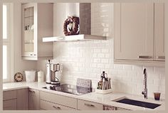 Pellavan sävyinen keittiö, kitchen