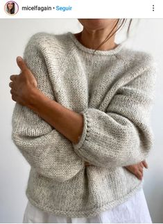 Knitting Stitches, Knitting Yarn, Diy Knitting Projects, Big Knits, How To Purl Knit, Knit Fashion, Baby Sweaters, Mode Outfits, Sweater Shop