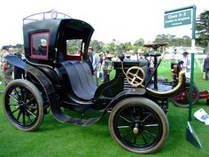 The Cars at Pebble Beach Concours d'Elegance 2008: 1901 Panhard et Levassor 10hp Cab ✏✏✏✏✏✏✏✏✏✏✏✏✏✏✏✏ IDEE CADEAU / CUTE GIFT IDEA  ☞ http://gabyfeeriefr.tumblr.com/archive ✏✏✏✏✏✏✏✏✏✏✏✏✏✏✏✏