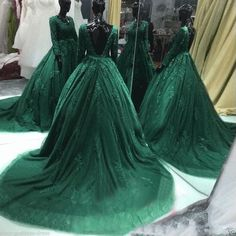 Long Sleeve Hunter Green Prom Dresses Backless Lace Prom Gowns Sexy Tulle Lace Applique Evening Dresses Party Dress Robe De Soiree