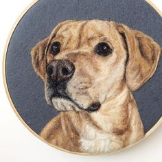 Artist Draws Realistic Portraits Using Embroidery Technique Amazing Drawings, Realistic Drawings, Cool Drawings, Beautiful Drawings, Needle Felted Animals, Felt Animals, Needle Felting, Custom Dog Portraits, Pet Portraits