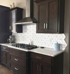 Dark Brown Kitchen Cabinets, Backsplash With Dark Cabinets, Brown Kitchens, White Countertops, Backsplash Ideas For Kitchen, Backsplash Tile, Granite, Home Decor Kitchen, New Kitchen