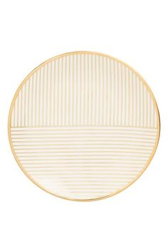 Print-patterned porcelain plate. Diameter 15.5 cm.