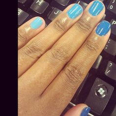 I love this gradient color! Niiiicccceeee!! Blue Ombre Trend: Nails Inc., Baker Street #sephora #nailspotting