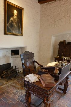 Sir Walter Raleigh's well-appointed cell in the Tower of London. Photo © The Tudor Tutor