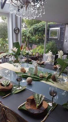 Ambiance tropicale pour cette decoration de table