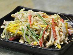 맛있는 다이어트, 닭가슴살 냉채 Asian Recipes, Ethnic Recipes, Light Recipes, Korean Food, Fritters, Chicken Salad, Japchae, A Food, Side Dishes