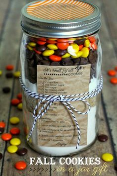 Yummy Fall Cookies In A Jar