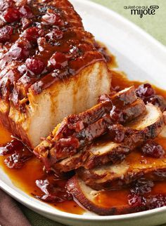 Slow-Cooker Cranberry-Orange Pork Roast – Cranberry sauce and the juice and zest of an orange, work their tasty magic in the slow-cooker so you can come home to this sweet and tart roast pork loin recipe. Kraft Foods, Kraft Recipes, Crock Pot Slow Cooker, Slow Cooker Recipes, Crockpot Recipes, Cooking Recipes, Slow Cooker Pork Loin, Game Recipes, Slow Cooking