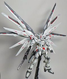 MG 1/100 Freedom Gundam