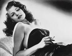 Rita Hayworth. Pandora » La Parisienne : 1940′s