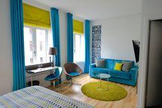 Andersen Hotel Kopenhagen: Home of fresh Ideas – Hoteltipp mit Bericht Danish Design, Floor Chair, Copenhagen, Flooring, Contemporary, Furniture, Home Decor, Interesting Facts, Viajes
