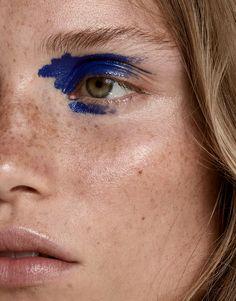 Photography: Andreas Ortner. Hair & Makeup: Sina Stoelzle. Model:Rebecca Longendyke.