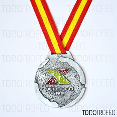 MEDALLA XTERRA 2013.   Diseñamos las medallas para su evento deportivo. Pide su presupuesto a través de: todotrofeo@todotrofeo.com    XTERRA MEDAL 2013.  We design your sport event medals. Request your budget in: todotrofeo@todotrofeo.com