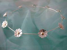 Zegelring in zilver en 9ct gouden daisy chain door prooshanblue