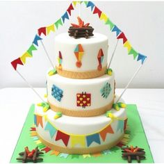 bolo para Festa Junina. Leo Birthday, Birthday Cake, Birthday Parties, Fake Cake, Easy Cake Decorating, Party Decoration, Cake Boss, Macaron, Fondant Cakes