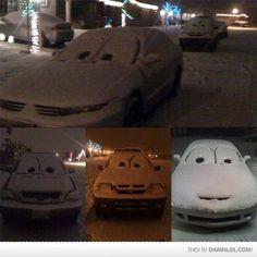 Voor volgende winter als er weer sneeuw ligt, ogen op je auto tekenen, lol!