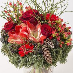Un bouquet de fleurs façon #Noel pour la table des festivités ! (A découvrir sur la boutique http://www.interflora.fr/ spécialiste de la livraison de fleurs )