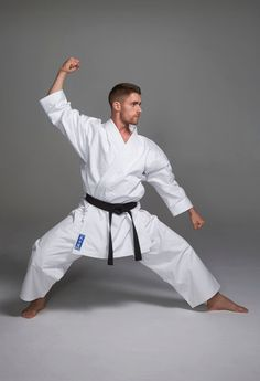 ODACHI KARATE SUIT - Designed for aspiring or advanced karate practitioners, our heavyweight Odachi gi is constructed from 14oz woven canvas cotton. Whilst remaining traditional, our unique suit includes some of the latest technologies to enhance performance. A brand new three-gusset section trouser system prevents hitching and maximises movement; whilst, an additional super-soft shoulder lining provides that extra bit of comfort during the most intense training sessions.