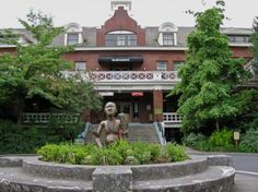 McMenamin's Edgefield Lodge, Troutdale, OR.