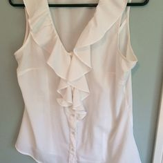 Banana Republic Blouse White M Reposhing because it doesn't fit. No holes stains or piling. Great condition. Banana Republic Tops Blouses
