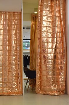 tryharderpants - In quilt patterns, would be amazing room divider/curtains. Quilted Curtains, Interior And Exterior, Interior Design, Retail Design, Soft Furnishings, Architecture, Window Treatments, Decoration, Sweet Home