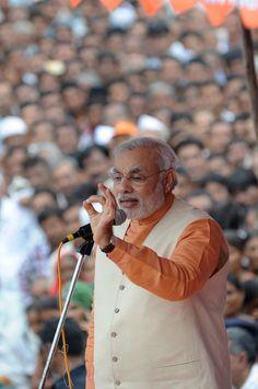 Narendra Modi calls Prime Minister 'Singham for foreigners' http://ndtv.in/Ow25eT