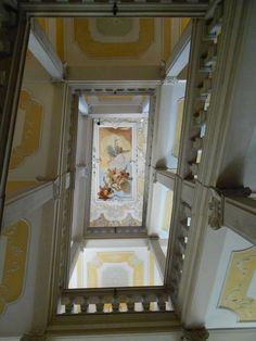 Udine - Palazzo Arcivescovile: La caduta degli angeli ribelli, di G. Tiepolo  #Tiepolo - #stairway - #Udine