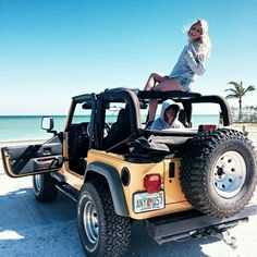 Ugh this reminds me when we went off roading in Aruba by the beaches in our jeep! I wanna go back Ugh this reminds me when we went off roading in Aruba by the beaches in our jeep! I wanna go back Auto Jeep, Jeep Jeep, Jeep Truck, M Bmw, Bmw I8, Dream Cars, My Dream Car, Ford Bronco, Jeep Carros