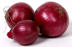 We are manufacturers, exporter and suppliers of high quality of fresh red onions in India,  Our red fresh onions exporters allover world and also local market,