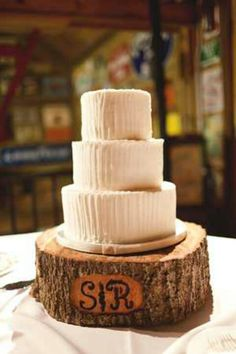 Tree stump for cake