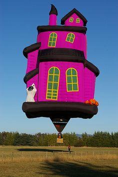 Hot Air Balloon Festival~ Albuquerque,New Mexico Balloon Race, Love Balloon, Hot Air Balloon, Balloon House, Albuquerque Balloon Festival, Air Balloon Festival, Air Ballon, Belle Photo, Shapes
