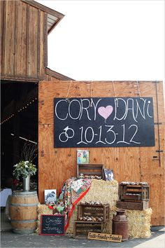 country wedding decoration ideas - Large piece of thin wood, spray paint chalk and hand written in chalk pant - tied over barn with ropes. Our wedding - Photgraphy by Kimberly Carlson Wedding Bells, Fall Wedding, Rustic Wedding, Our Wedding, Dream Wedding, Wedding Tips, Wedding Venues, Wedding Dress, Country Wedding Decorations